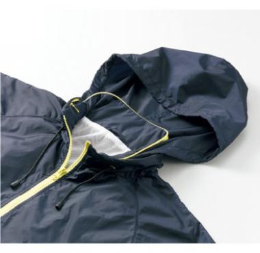ナイロンスタンドジャケット(フードイン)